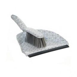 Semtuvėlis su guma ir šepetėliu 24x32x8cm. LIFETIME CLEAN