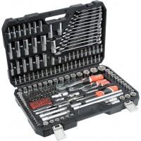 Raktai, adapteriai, dinanometriniai raktai, raktų komplektai